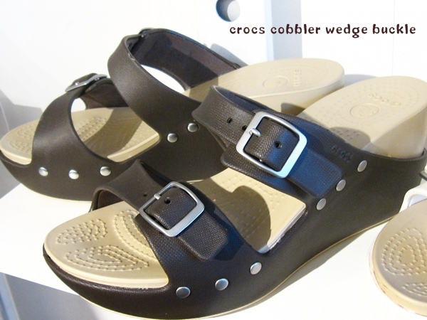 crocs cobbler wedge buckle