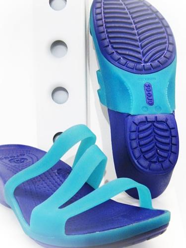 crocs carliana sandal