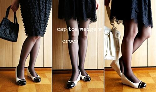 クロックス キャップトゥウェッジ ウィメンズ コーディネート スカートと