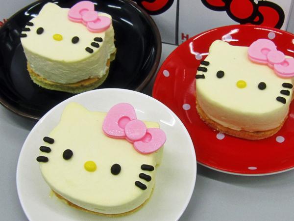 キティーちゃんミニチーズケーキ4