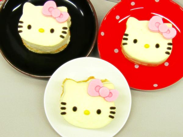 キティーちゃんミニチーズケーキ2