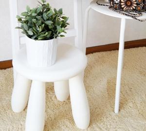 ホワイト家具 スツールディスプレイ
