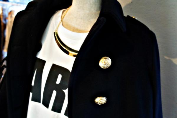 ゴールドボタン使いピ-コート エンブリッシュ2