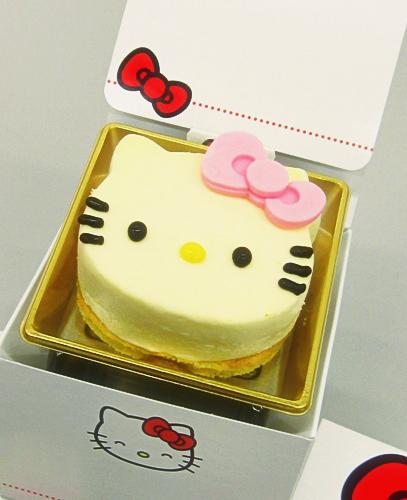 キティーちゃんミニチーズケーキ3