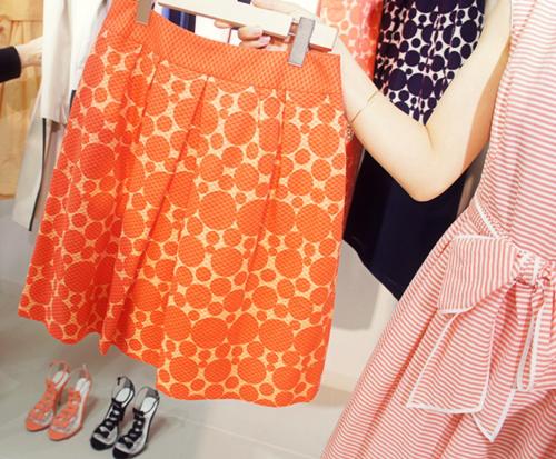 03Maglie ドットプリントボックスプリーツスカート