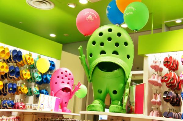 crocs 横浜ベイクォーター店2