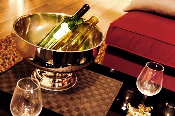 ワイン パーティー イメージ