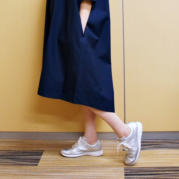 黒田知永子 大丸 【イタリア生地・日本製】ボリュームシャツワンピース(Kcarat)ケイカラット