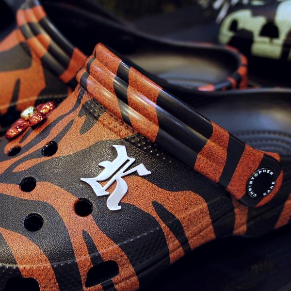 クリストファー ケイン x クロックス タイガー クラシック デザイナーコラボ クロッグ