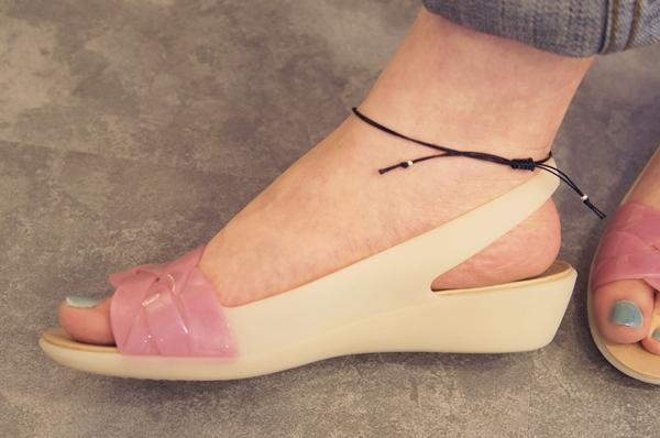 Women's Crocs Isabella Slingback クロックス イザベラ スリングバック ウィメン