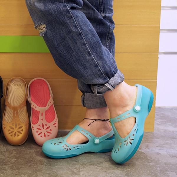 Women's Crocs Isabella Clogs クロックス イザベラ クロッグ ウィメン