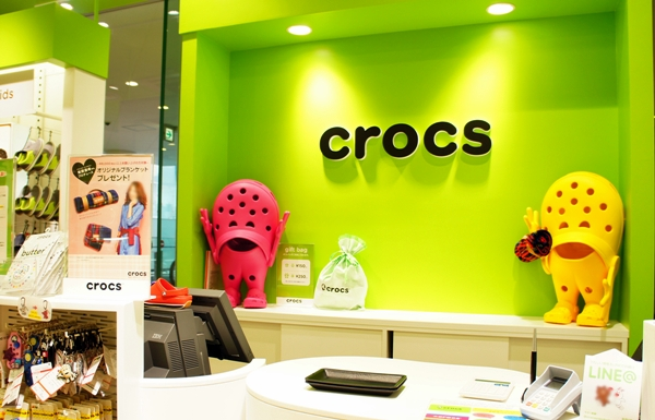 crocs横浜ベイクォーター店2013AW