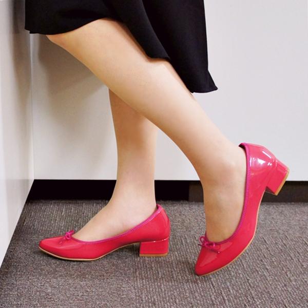 ベルメゾン 靴 気分が上がる♪春色カラーの「ポインテッドトウバレエパンプス」(ベネビス)