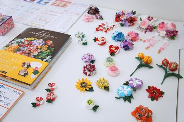 フェリシモ クチュリエ 四季折々に咲かせる つまみ細工の花 50デザイン